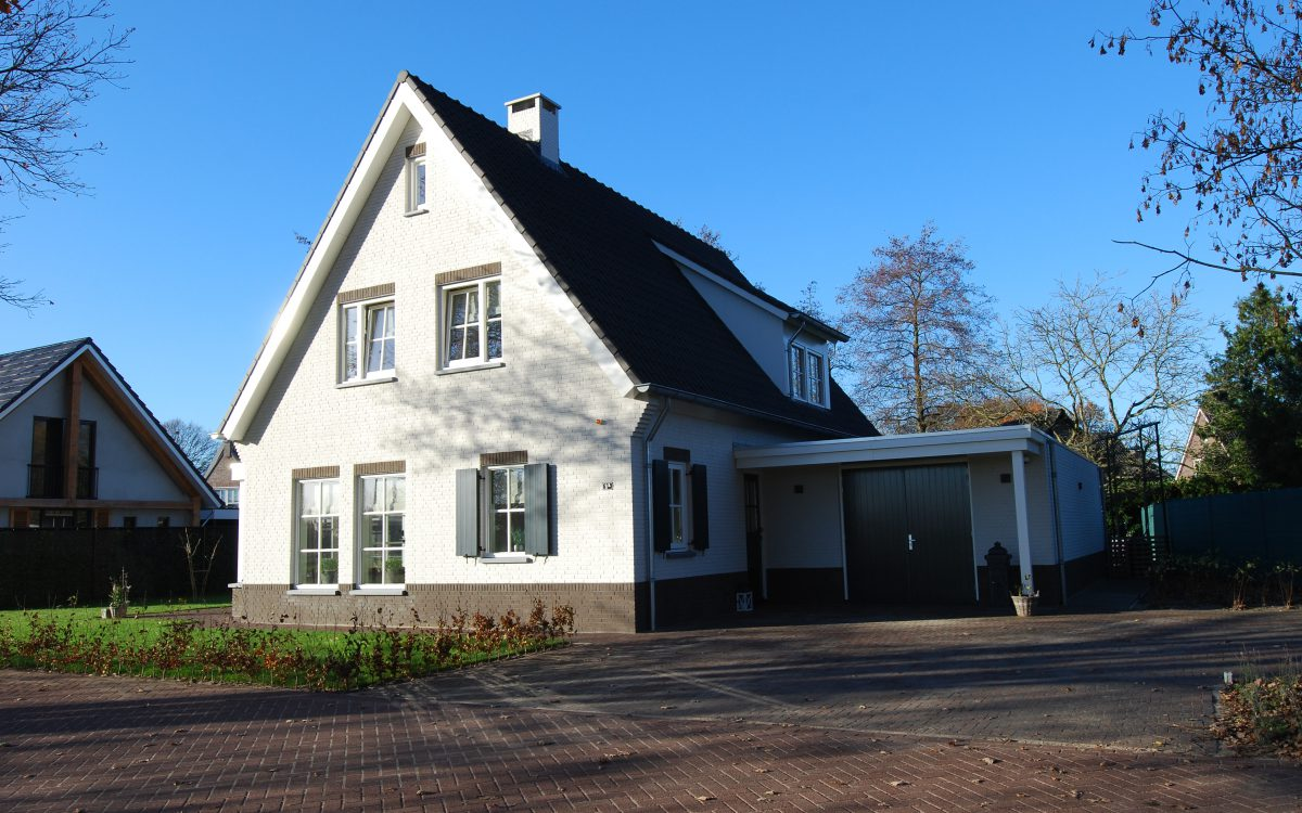 Nieuwbouw van een landelijke woning in Heesch