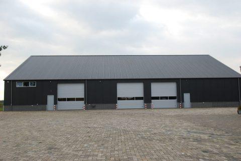 Nieuwbouw van een bedrijfshal voor een cateringbedrijf in Den Dungen