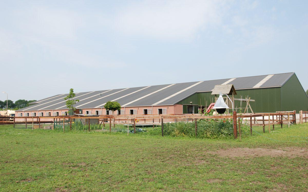 Nieuwbouw van een rijhal in Uden