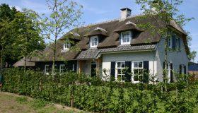 Nieuwbouw landelijke woning in boerderijstijl in Berlicum