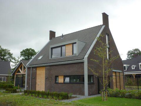 Nieuwbouw van een eigentijdse woning in Haaren