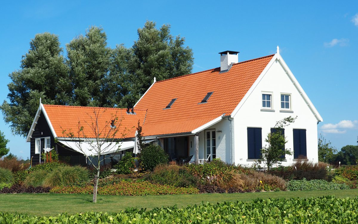 Nieuwbouw van een landelijke woning in Klundert